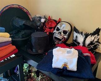 Clothes, Halloween