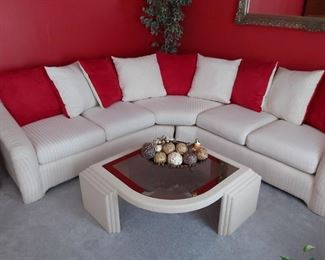Sectional w/coffee table