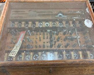Die tool display