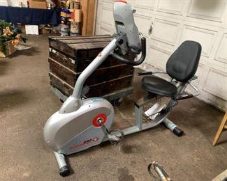 Recumbent exercise bike Schwinn