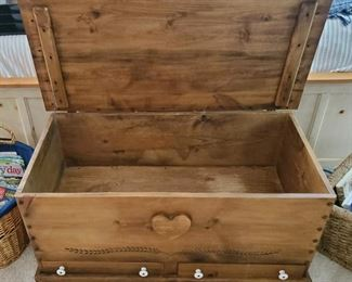 Beautiful chest with drawers on bottom