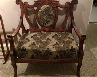 Antique Victorian settee - a gem
