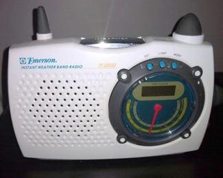 Emerson weather band radio