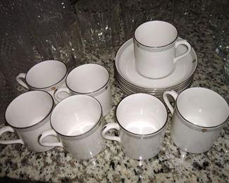 Spode fine bone china - demitasse cups and saucers - Opera Platinum