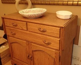 OAK SERVER WITH 2 - DROP SIDE FOR EXTRA SERVING SPACE.