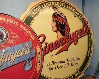 LEINENKUGLE BEER SIGNS