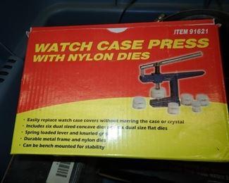 WATCH CASE PRESS