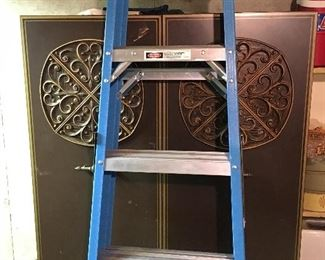 Almost new Werner fiberglass 6' ladder