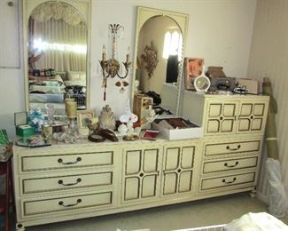 Vintage Hollywood Regency Style Dresser with Mirrors