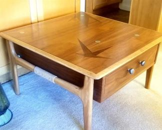 """Lane """"Constellation"""" end table"""