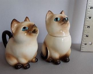 NORCREST SIAMESE CAT CREAMER CUP AND SUGAR BOWL & LID JAPAN HAND DECORATED $15