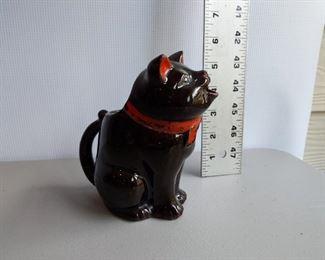 VINTAGE BLACK CAT PITCHER REDWARE JAPAN MILK CREAMER $8