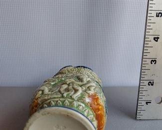 Cherub vase $12