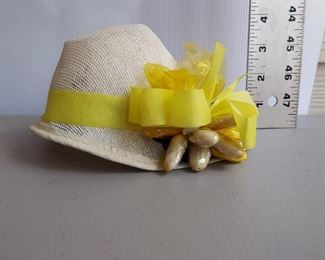 Vintage easter hat with almonds.  Box included (next pic) $15