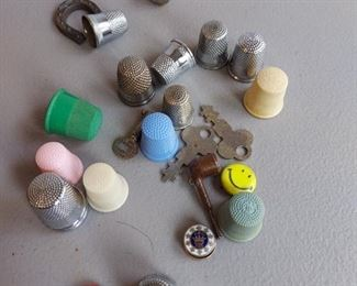 Lot of thimbles and minis $22