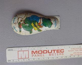 vintage tin noise maker $3