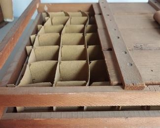 Humpty Egg crate with original dividers $60