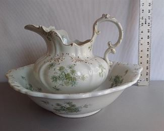 """W.H. Grindley & Co England Semi-Porcelain Pitcher & Wash Basin """"Daisy"""". Crazing, small nick on underside of basin rim, small nick on inside of pitcher rim.   $125"""