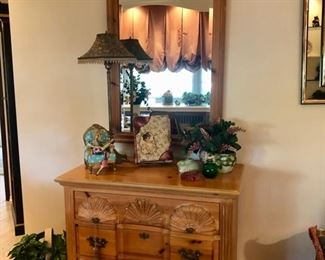 Assorted furniture, dressers, cabinets & mirrors