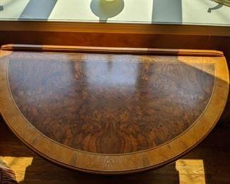 demilune - extending table