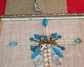 More art made of vintage jewlery
