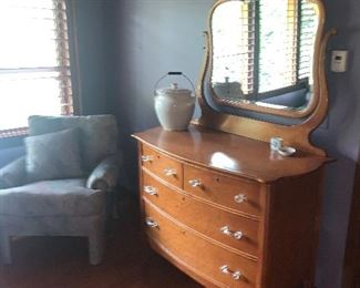 Vintage Dresser with crystal handles  and mirror