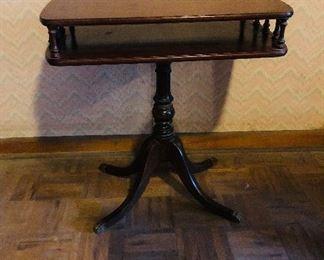 Duncan Phyfe style parlor table/pair