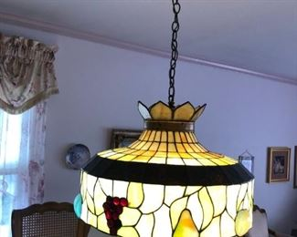 TIFFANY STYLE LIGHT FIXTURES