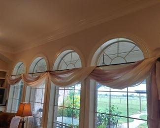 Swag Curtain