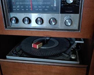 Vintage Silvertone Console Stereo, radio and turntable