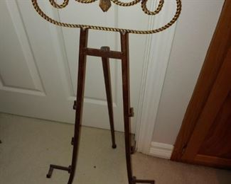Large Picture Stand