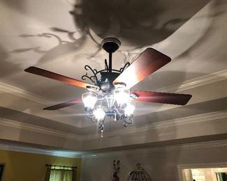 5 Blade, 4 Light Decorative Ceiling Fan