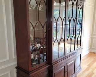 Large, Henredon China Cabinet, Gothic, Glass Shelves, two lower cabinets with three drawers
