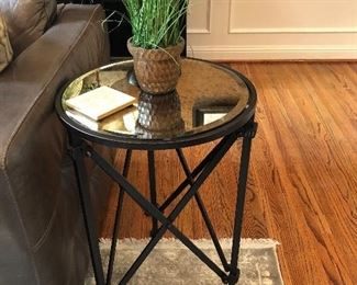 MIRRORED ROUND TOP, METAL BASE END TABLE
