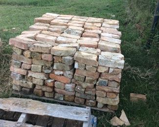 PRE SALE OK -  Genuine Chicago Brick great for patios, walls.indoor , sidewalks. Several thousand available