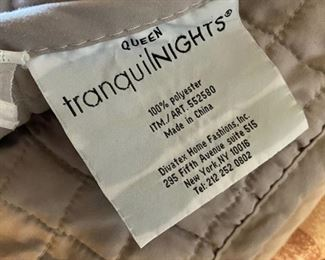 Tranquil Nights queen size comforter, sheets, pillows & other bedding	N/A		D934