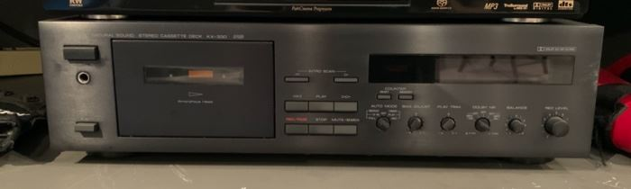 Yamaha KX-330 Stereo Cassette Deck Player	5x17x10in	HxWxD	19599