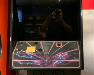 1981 Atari Tempest Vintage Video Arcade Game Coin Op	69x25x32in	HxWxD	19575