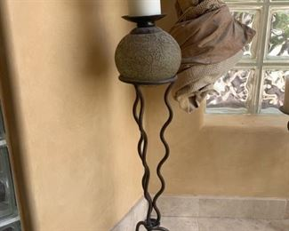 Tall Metal Candle Holder	28x7x7	HxWxD	GD116