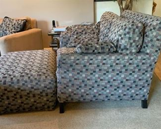 Oversized Fabric Chair w/ Ottoman	Chair: 38x57x45in. Ottoman: 18x48x32in	HxWxD	19502