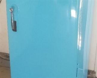 Restored vintage Fridgedaire refrigerator-petite size!
