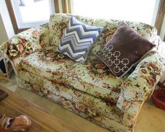 Floral Love Seat