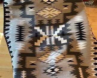 Navajo all-wool woven rug (Authentic)