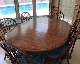 """#52Oak table with 6 chairs and 1 leaf 46""""-60""""x42""""x29"""" $150.00"""