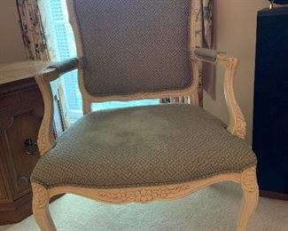 #29	Fairfield French provincial chair	 $40.00