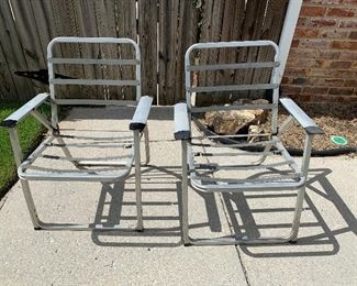 #88Vintage outdoor chair frames. As is - needs new webbing 2@$5.00 each