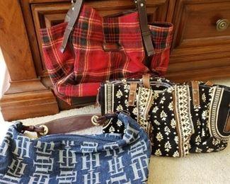 https://ctbids.com/#!/description/share/537646 Tommy Hilfiger Purses. Red plaid, blue and black floral purse.