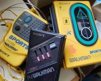 working Sony Walkman radios