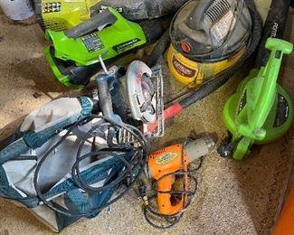 Ryobi JetFan; Bosch circular saw with canvas carrying case; Stinger wet/dry vac; Portland leaf blower; Greenworks leaf blower; Chicago heat gun.