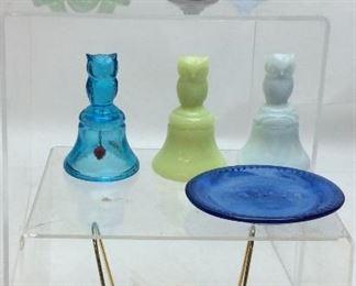 ANTIQUE MOSSER GLASS LOT